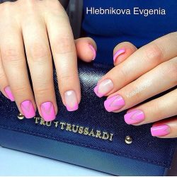 Bright pink nails photo