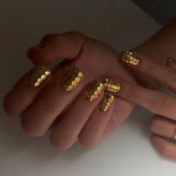 Golden nails photo