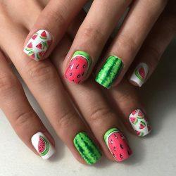 Beach nails photo