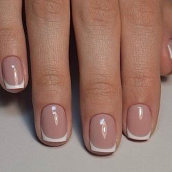 Hollywood french manicure photo
