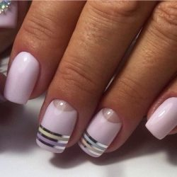 Light lilac nails photo