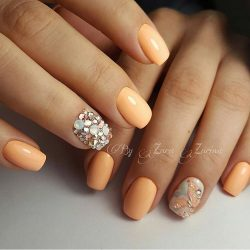 Gentle peach nails photo