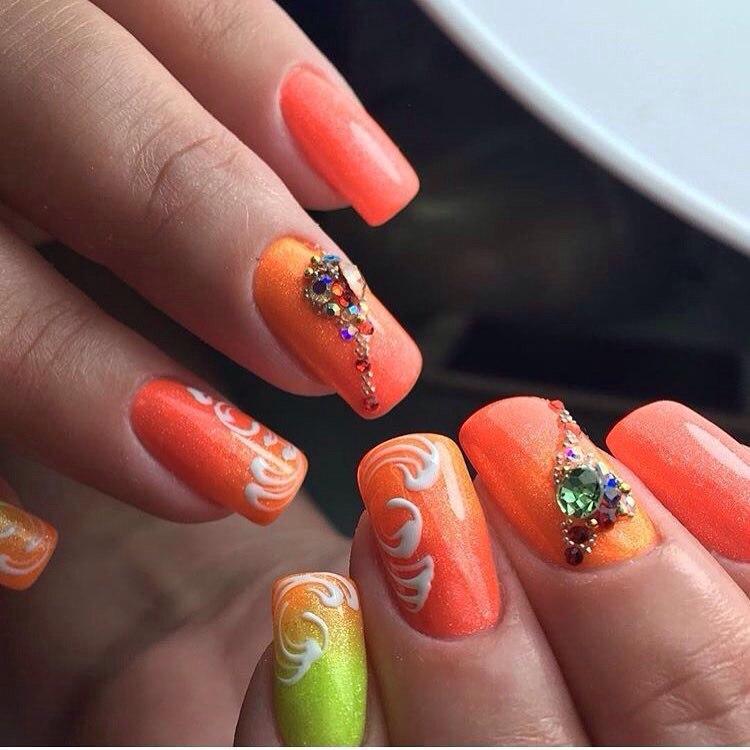 Nails with orange color - The Best Images   BestArtNails.com