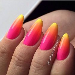 Summer gradient nails photo
