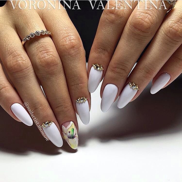 Ногти белые дизайн на длинные