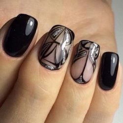 Graduation nails photo