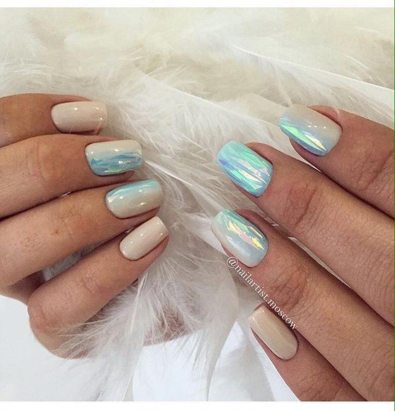 Бежево голубой дизайн ногтей