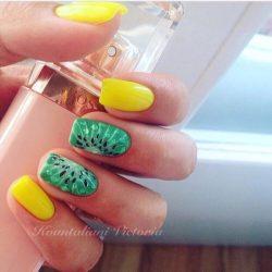 Green nail ideas photo