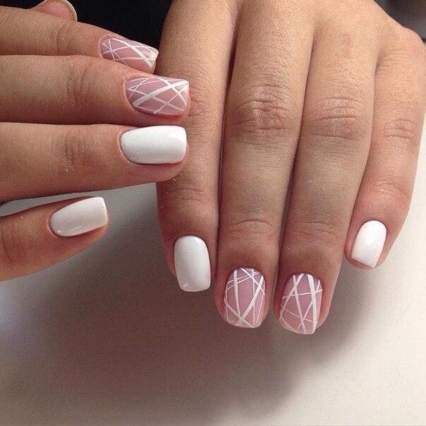 Geometric gel nails