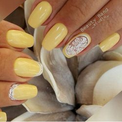 Pale yellow nails photo
