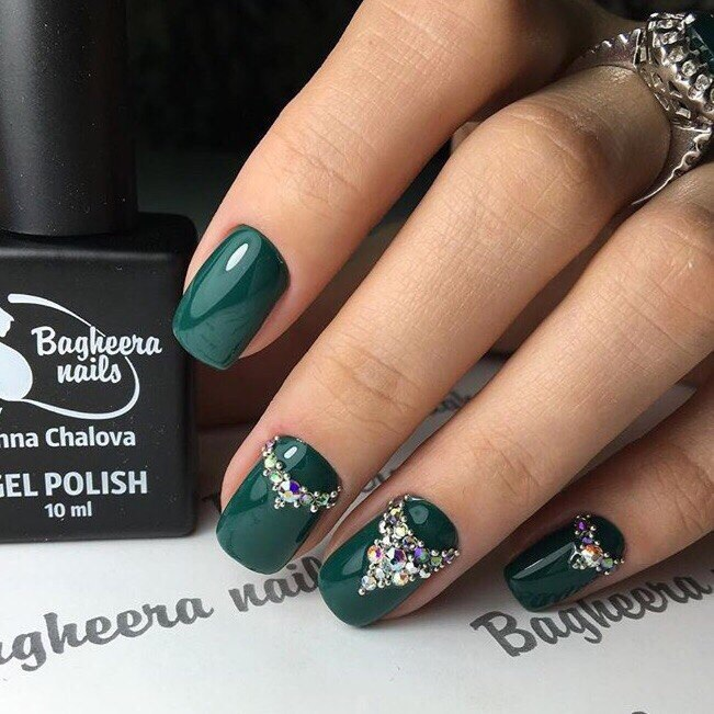 Dark green nails - Nail Art #2546 - Best Nail Art Designs Gallery BestArtNails.com