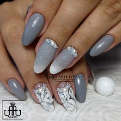 Grey and white nails photo