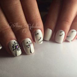 Nails with dandelions photo