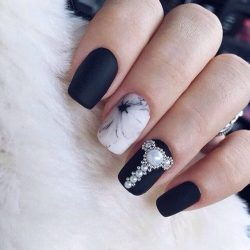 Nails by black and white dress , The Best Images