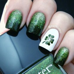Green nail ideas photo