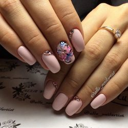 Butterfly nails photo