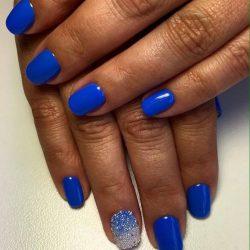 Classic short nails photo