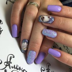 Beautiful shellac nails photo