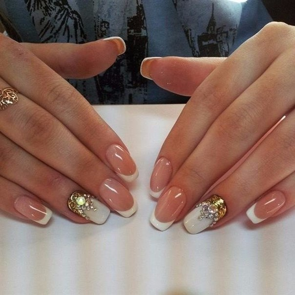 French nails