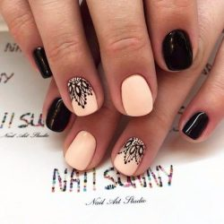 Black and beige nails photo