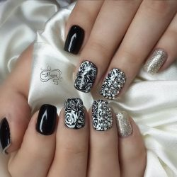 Silver painted nails photo