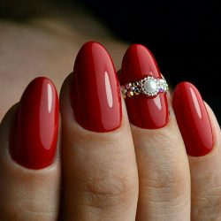 Short red nails photo