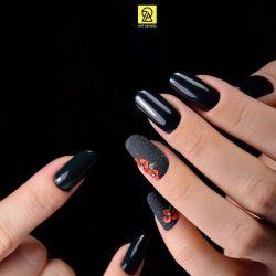 Royal nails photo