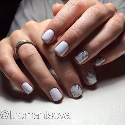Classic short nails photo