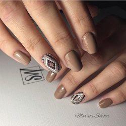 Brown nails photo