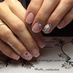 Caviar nails photo