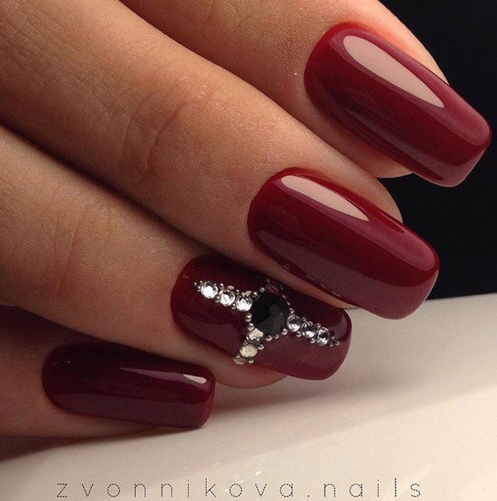 Maroon nails