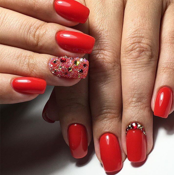 Red gel polish for nails - The Best Images | BestArtNails.com