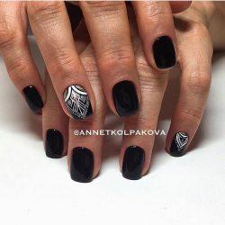 Festive black nails photo