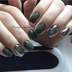Chameleon nails photo