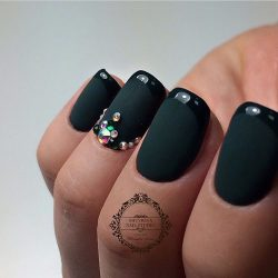 Matte nails with glossy pattern photo