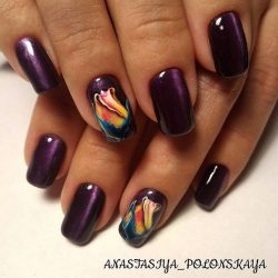 overflow nails photo