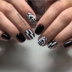 Black and white nail art photo