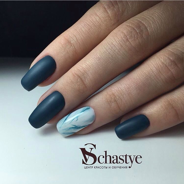 Spectacular nails