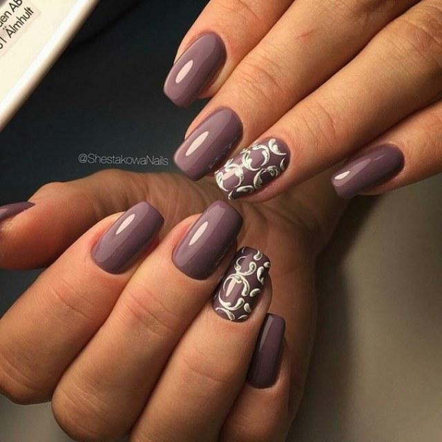 Evening short nails