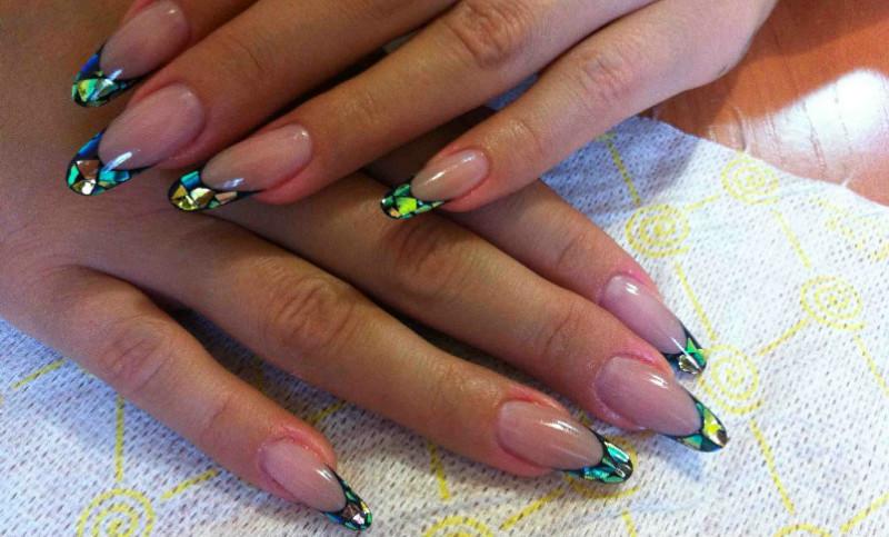Фото ногтей со слюдой