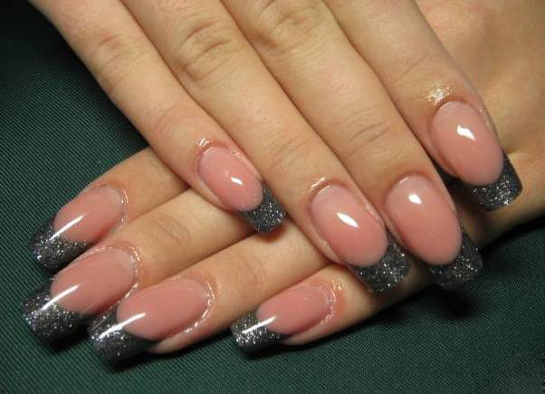 Nails for a black evening dress