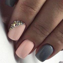 Grey gel polish photo