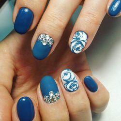 Adult nails photo