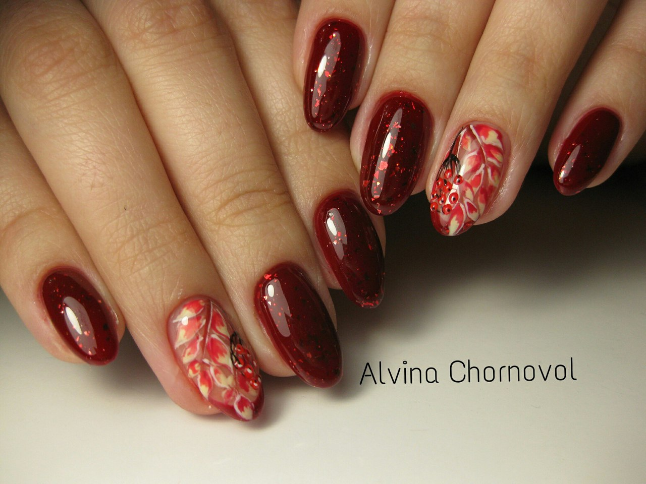 Autumn gel polish for nails
