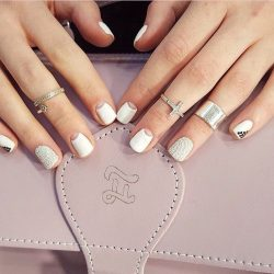 Short white nails photo