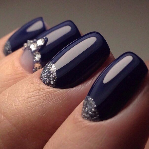 Evening nails by shellac