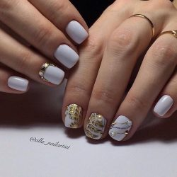 White nails photo