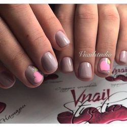 Gentle nails with a picture photo