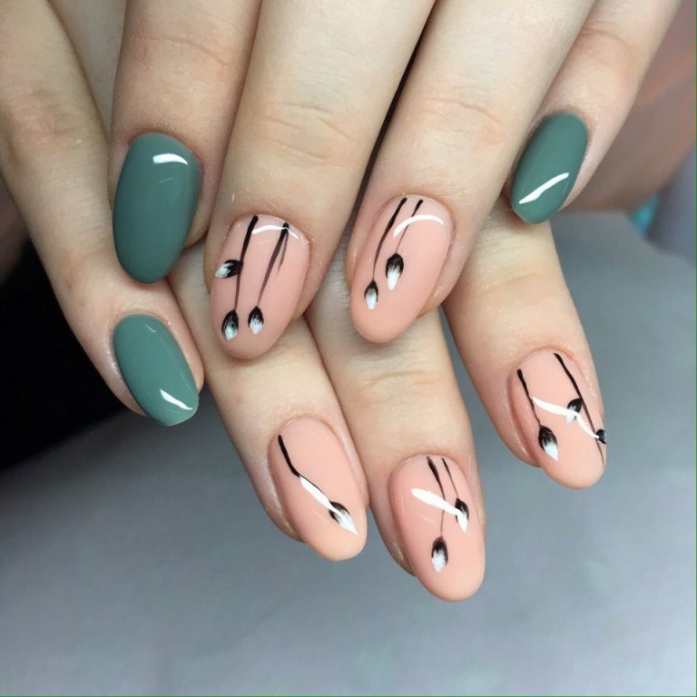 Two-color shellac nails