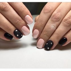 Nails with liquid stones photo